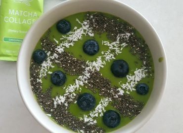 Matcha collagen smoothie bowl
