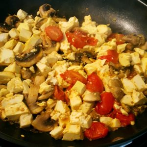 Breakfast vegan tofu scramble