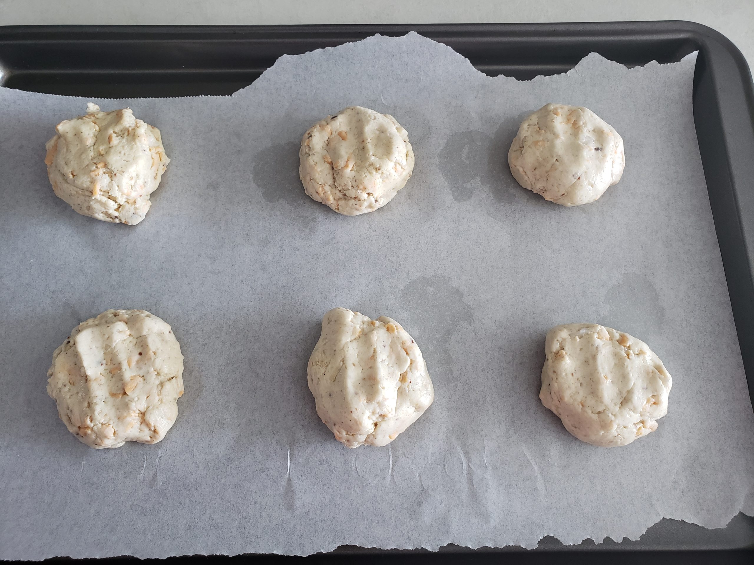 Pre-baked biscuits
